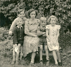 Martha <i>Schmid</i> Jende