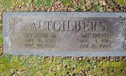 Mildred <i>Bennett</i> Altgilbers