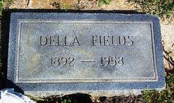 Della <i>Edwards</i> Fields