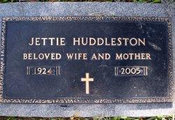 Jettie <i>Brownlee</i> Huddleston