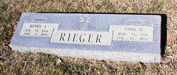 Anna Marie Annie <i>Stolle</i> Rieger