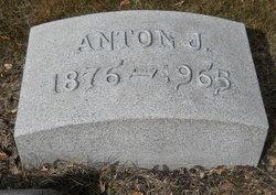 Anton J Knievel