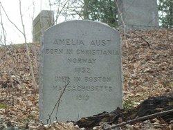 Amelia Aust