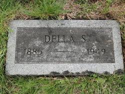 Della Adcock