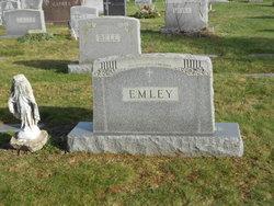 Prudence Elizabeth Pru <i>Emley</i> Dyas