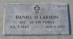 Daniel Harvey Larson