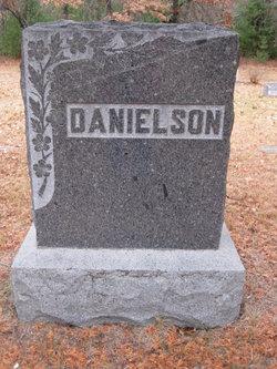 Fader Danielson