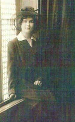 Wilhelmina Christina MINNIE <i>Koester</i> Jones