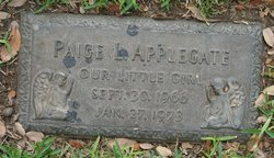 Paige Leigh Applegate