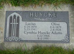Cynthia L. <i>Huycke</i> Adams