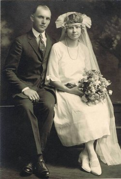 Clara Ethel Rosaline <i>Berglund</i> Anderson