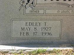 Edley T Atkins