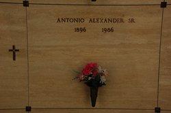 Antonio Alexander, Sr