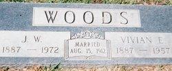 Vivian Elizabeth <i>Thomas</i> Woods