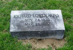 Richard Lowen Akins