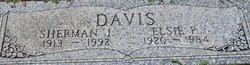 Elsie Pearl <i>Loyd</i> Davis