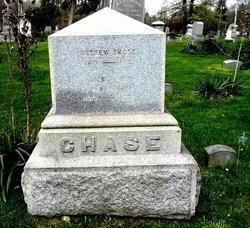 Sarah M Chase