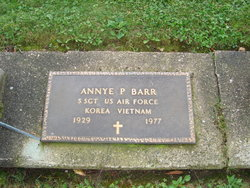 S/Sgt Annye P <i>Powell</i> Barr