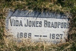 Sarah Vida <i>Jones</i> Bradford