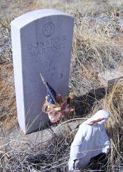 Donato R Martinez