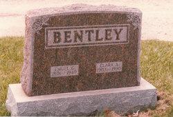 Clara Aretta <i>Cotlander</i> Bentley Clement