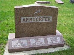 Arthur J Arndorfer