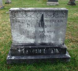 William E Chamberlain