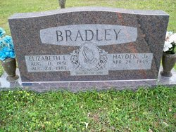 Elizabeth Liz <i>Roberts</i> Bradley