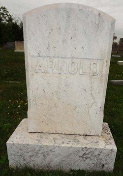 Edgar F Arnold