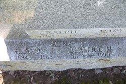 Beatrice M Kunz