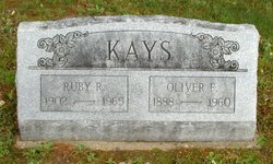 Oliver Fountain Kays