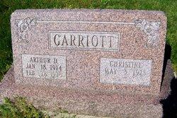 Arthur D Garriott