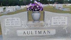 Martha Y Aultman