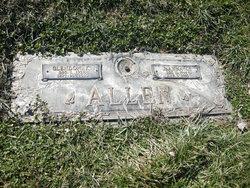 JoAnna C Allen