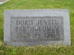 Doris Jewell <i>Levell</i> Bartholomew