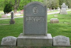 Christopher W Crip Binyon