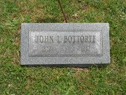 Pvt John L Bottorff
