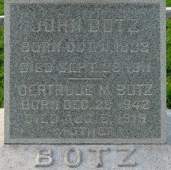 Gertrude <i>Henn</i> Botz