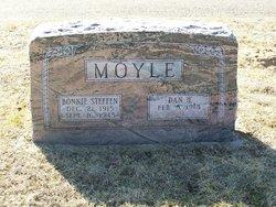Bonnie <i>Steffen</i> Moyle