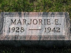 Marjorie E Fontaine