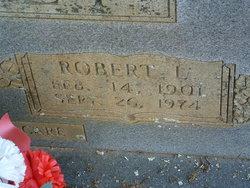 Robert L Godsey