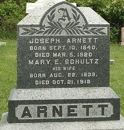 Mary E <i>Schultz</i> Arnett