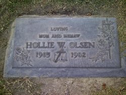 Hollie Willard <i>Towler</i> Olsen