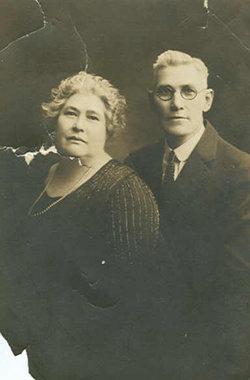 Amelia Theresa <i>Geiger</i> Feederle