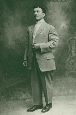 Jose Maximo Alvarez