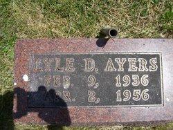 Lyle D Ayers