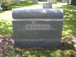 Dee Daniell