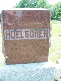Dorothy Iris Hoelscher