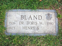 Dr Doris W Bland