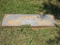 Willie M <i>Brown</i> Brooks